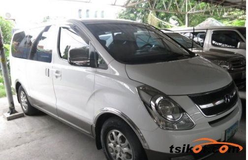 Hyundai Starex 2008 - 2