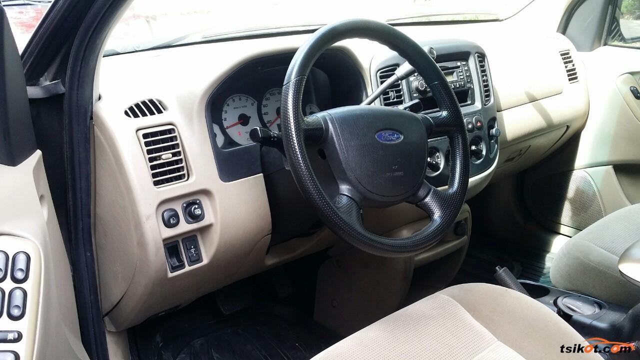 Ford Escape 2005 - 6