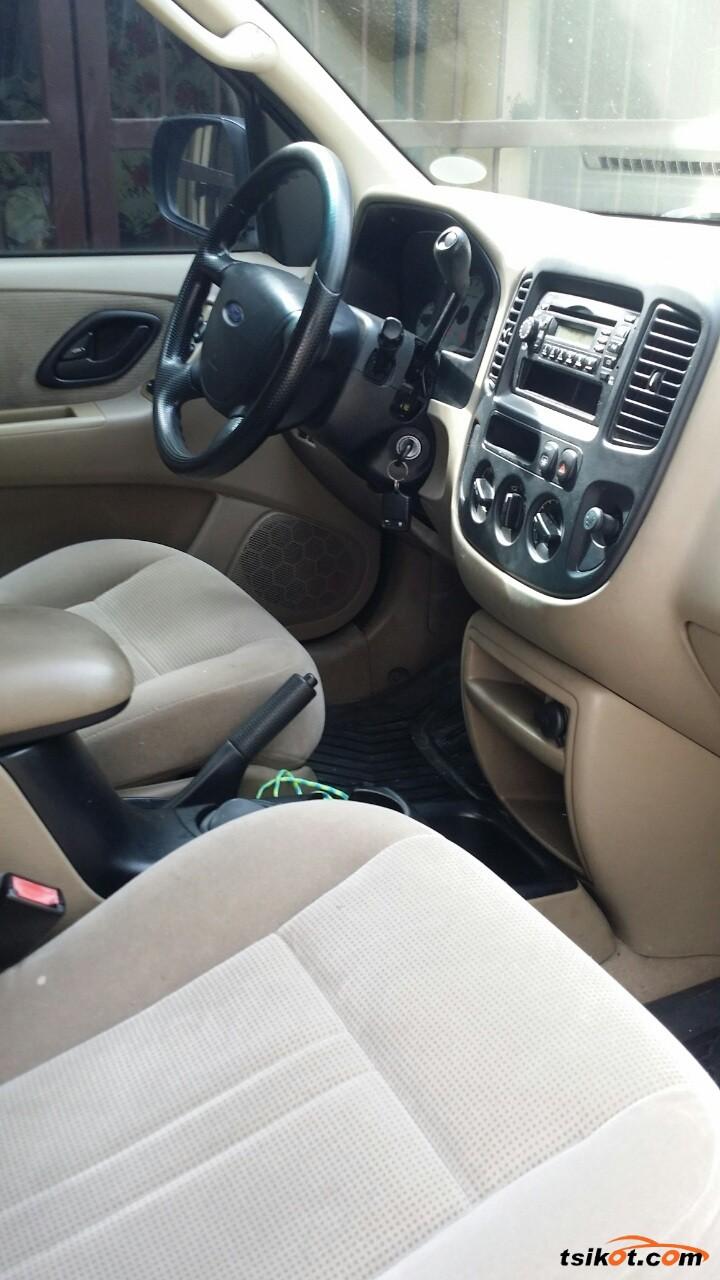 Ford Escape 2005 - 7