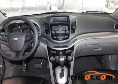 Chevrolet Orlando 2012 - 4