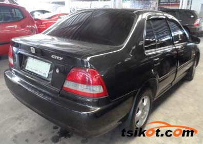 Honda City 2000 - 2
