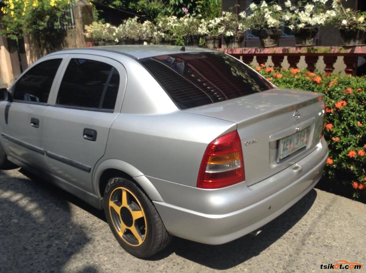 Opel Astra 2002 - 7