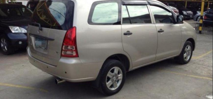 Toyota Innova 2008 - 11