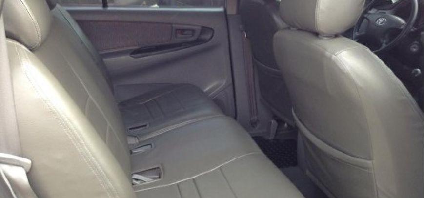 Toyota Innova 2008 - 9