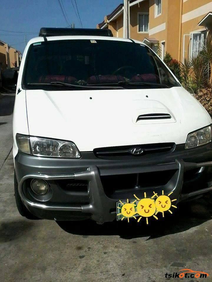 Hyundai Starex 1999 - 3
