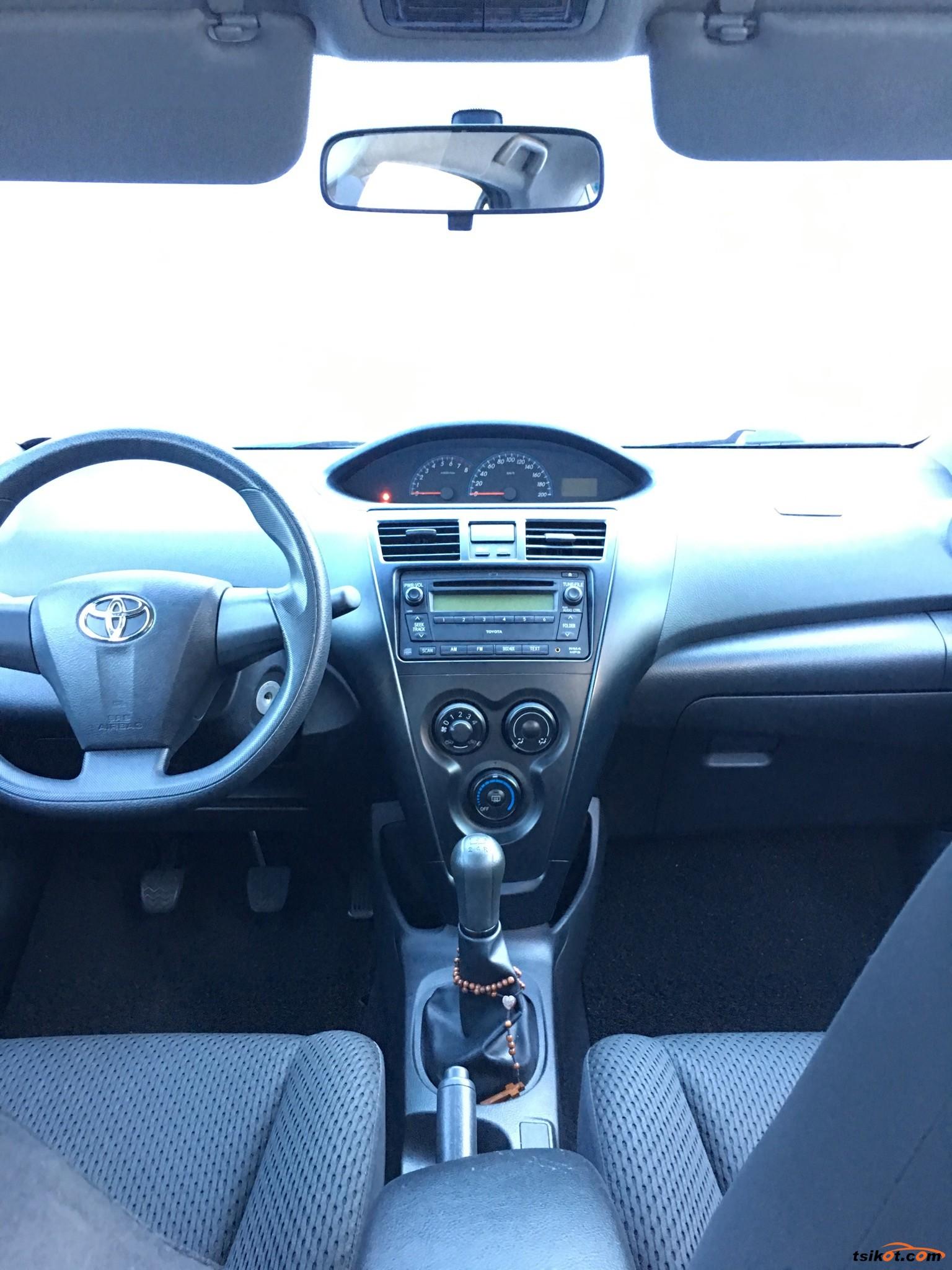 Toyota Vios 2011 - 5