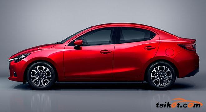 Mazda 2 2015 - 4