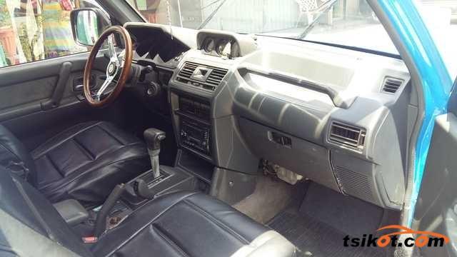 Mitsubishi Pajero 2005 - 3
