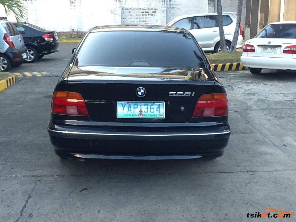 Bmw 528I 2010 - 1