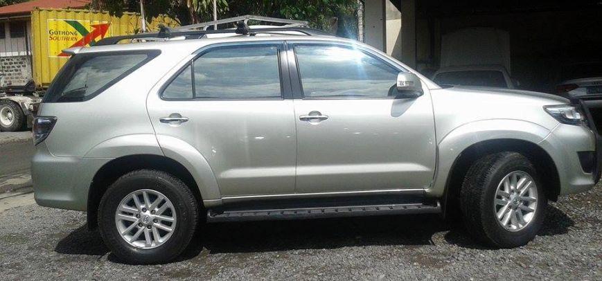 Toyota Fortuner 2012 - 4
