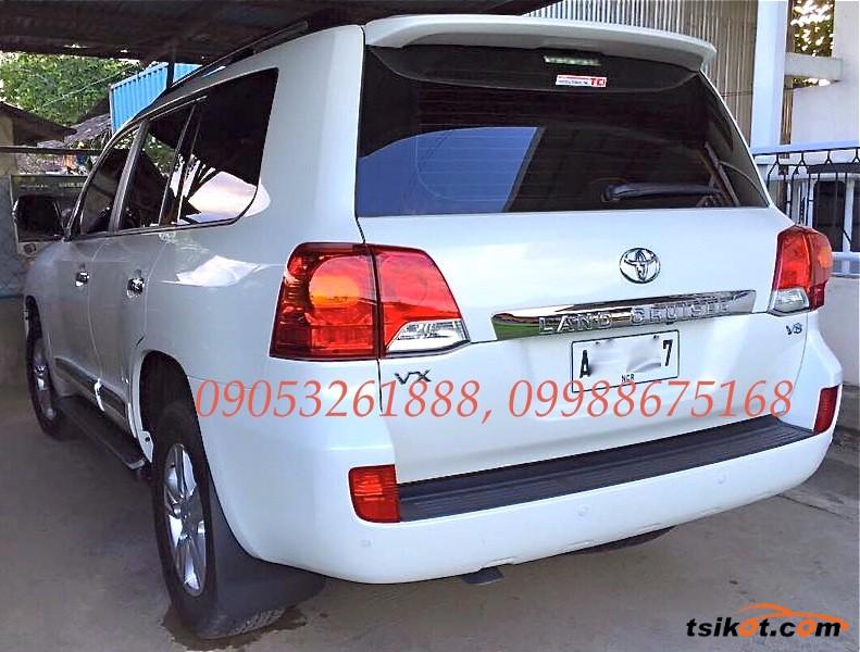 Toyota Land Cruiser 2015 - 9