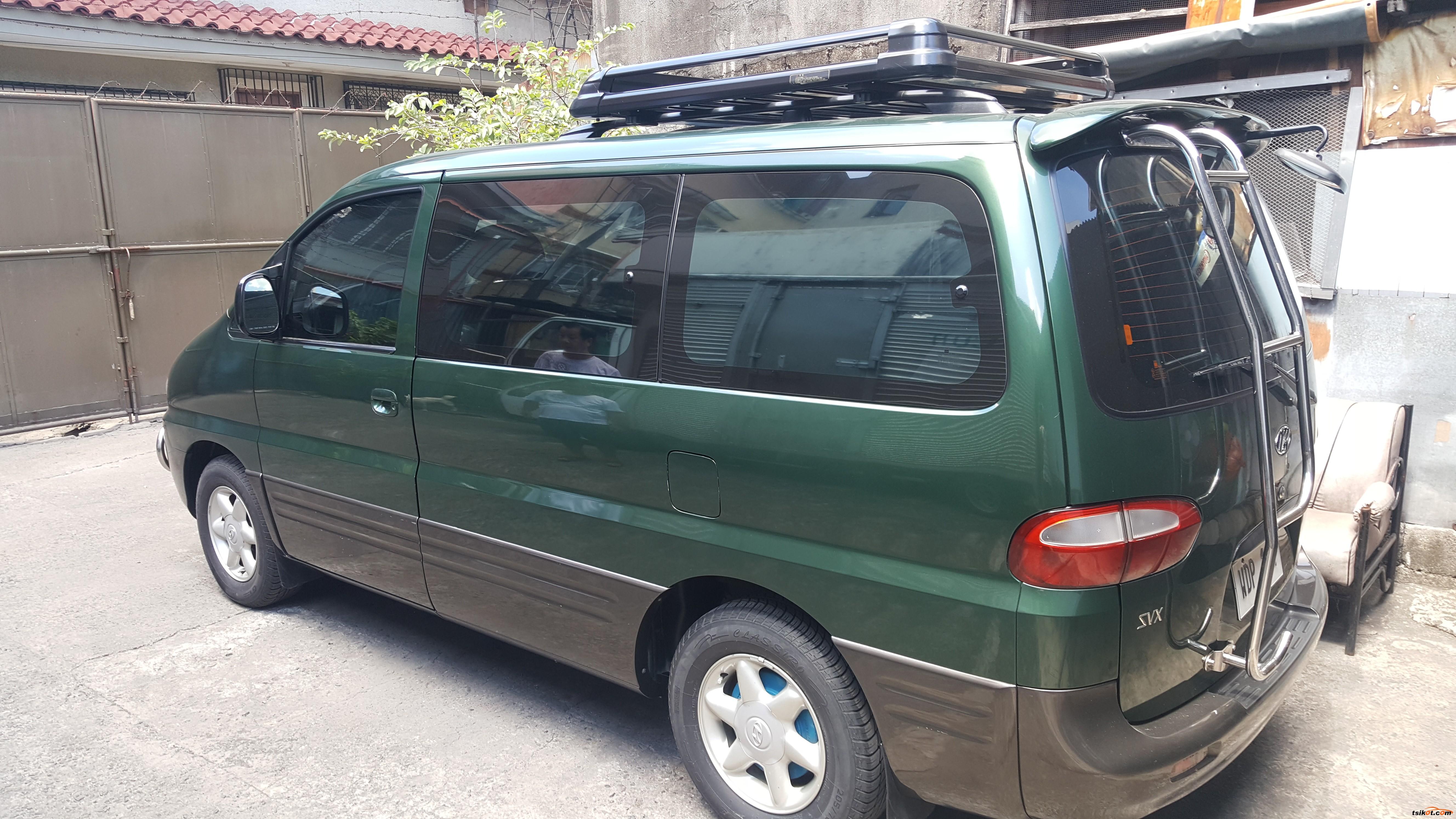 Hyundai Starex 1988 - 1