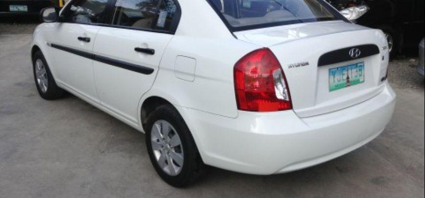 Hyundai Accent 2010 - 11