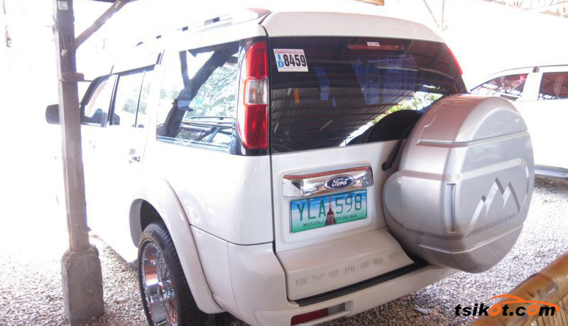 Ford Everest 2013 - 4