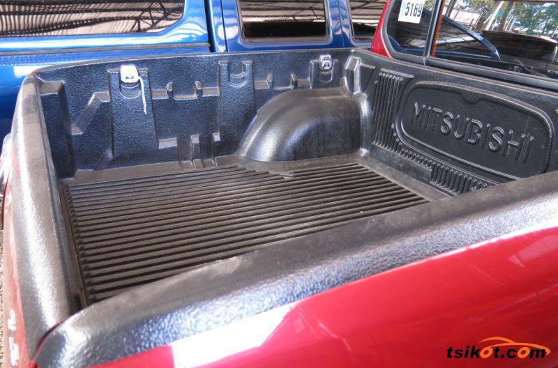 Mitsubishi Strada 2009 - 8