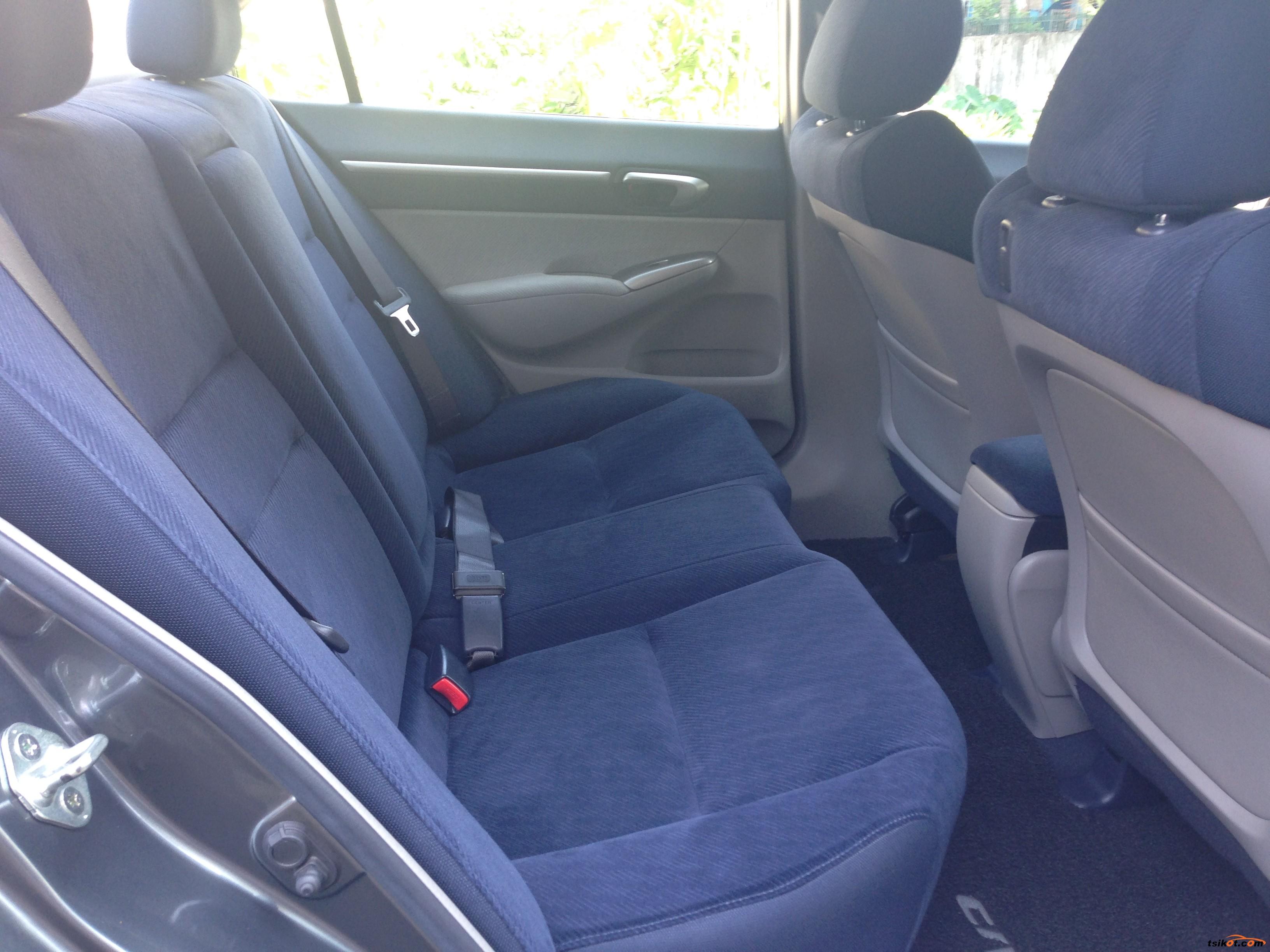 Honda Civic 2010 - 10