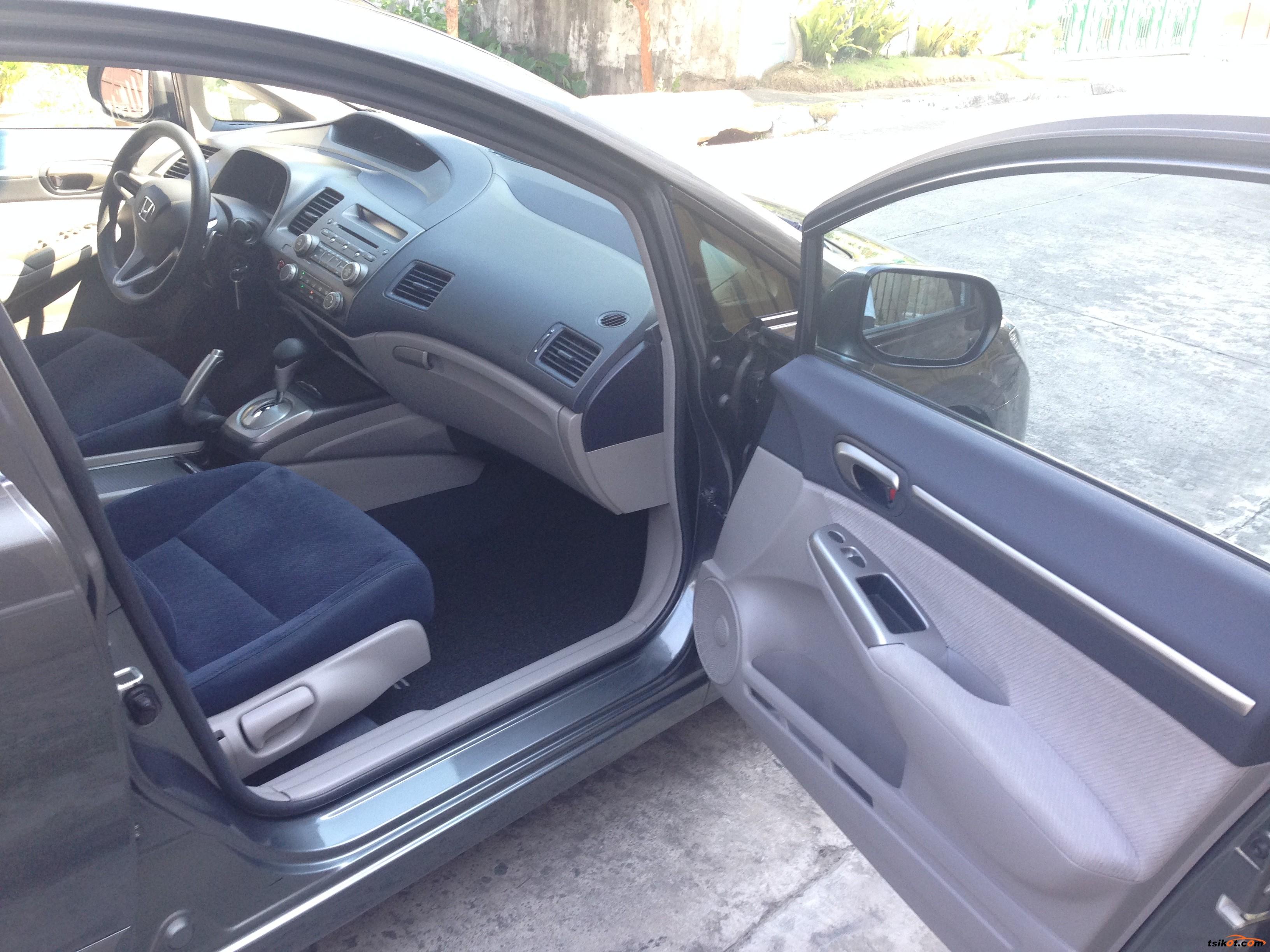 Honda Civic 2010 - 8
