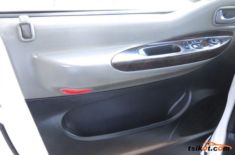 Hyundai Starex 2008 - 4