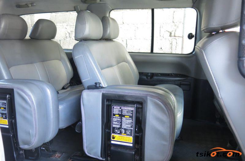 Hyundai Starex 2008 - 6