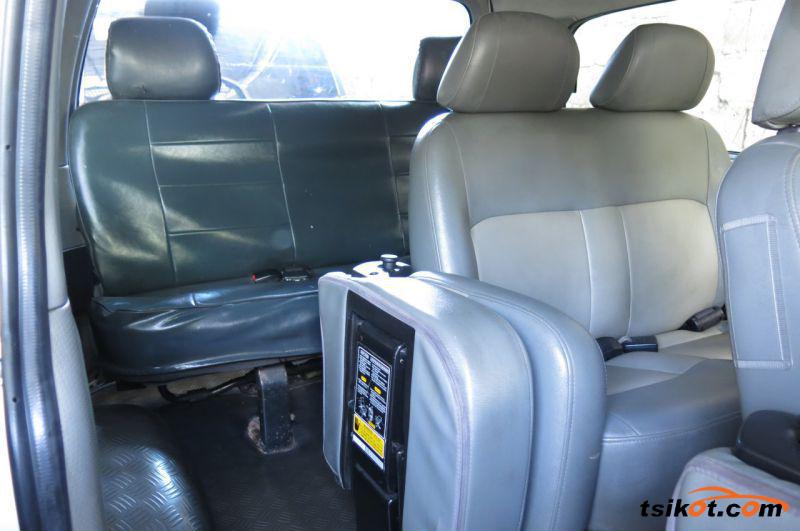 Hyundai Starex 2008 - 7