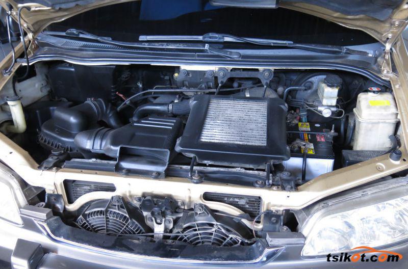 Hyundai Starex 2000 - 8