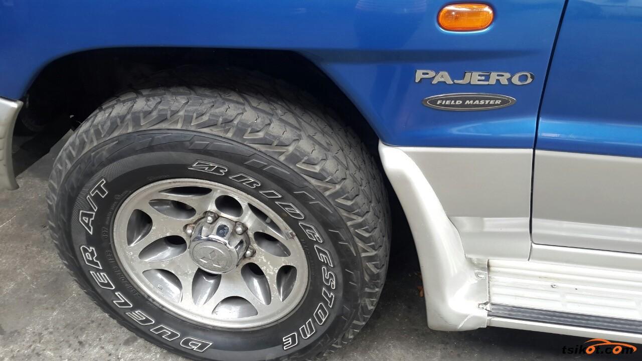 Mitsubishi Pajero 2001 - 9
