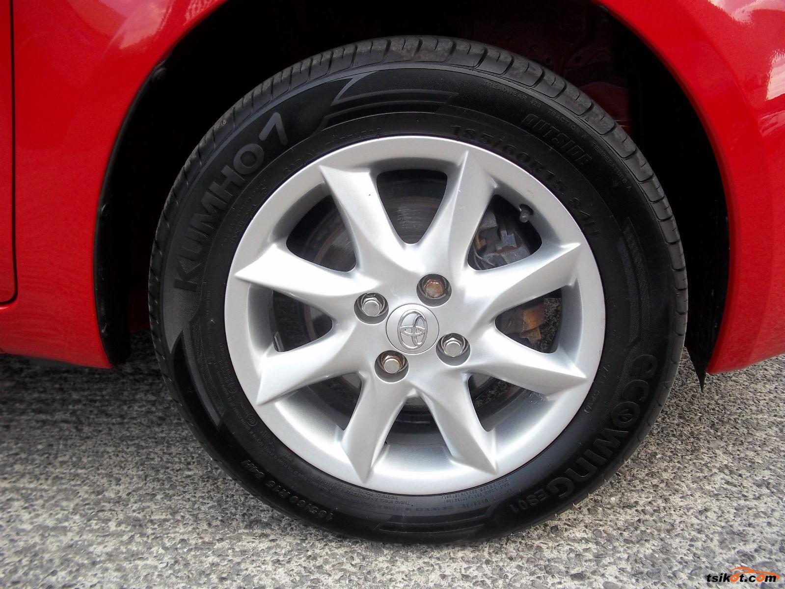 Toyota Yaris 2011 - 3