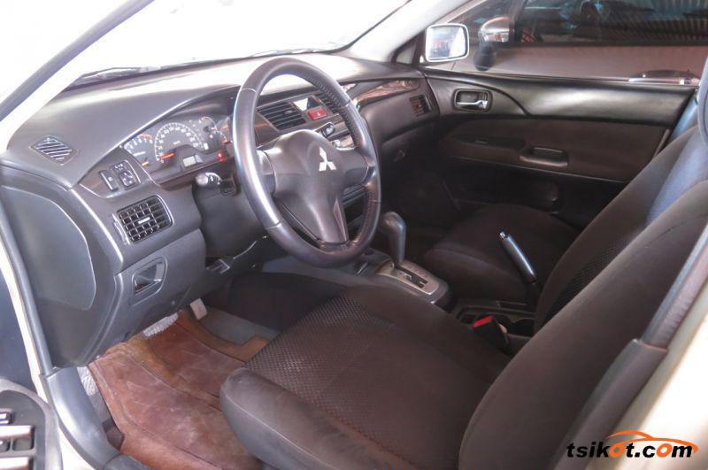 Mitsubishi Lancer 2008 - 3