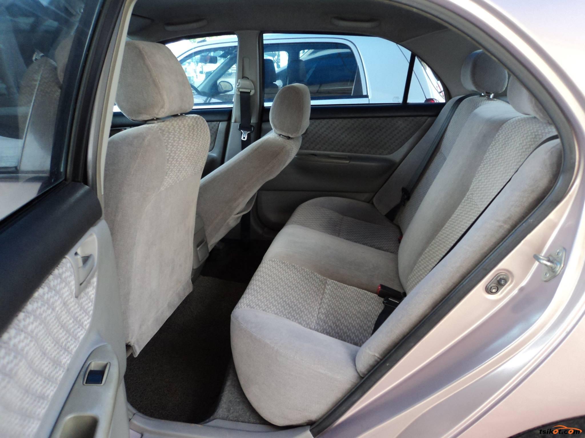 Toyota Corolla 2002 - 9