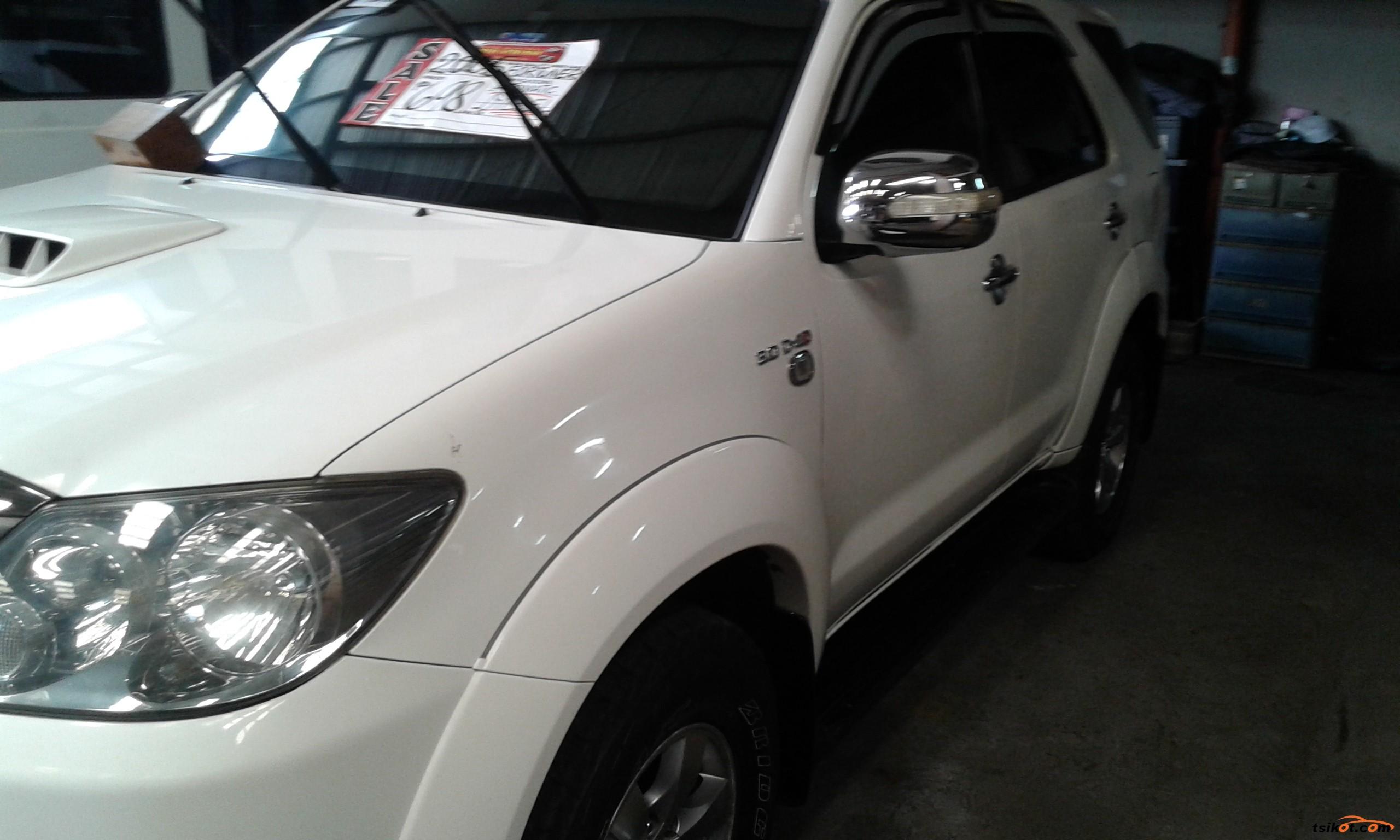 Toyota Fortuner 2005 - 3