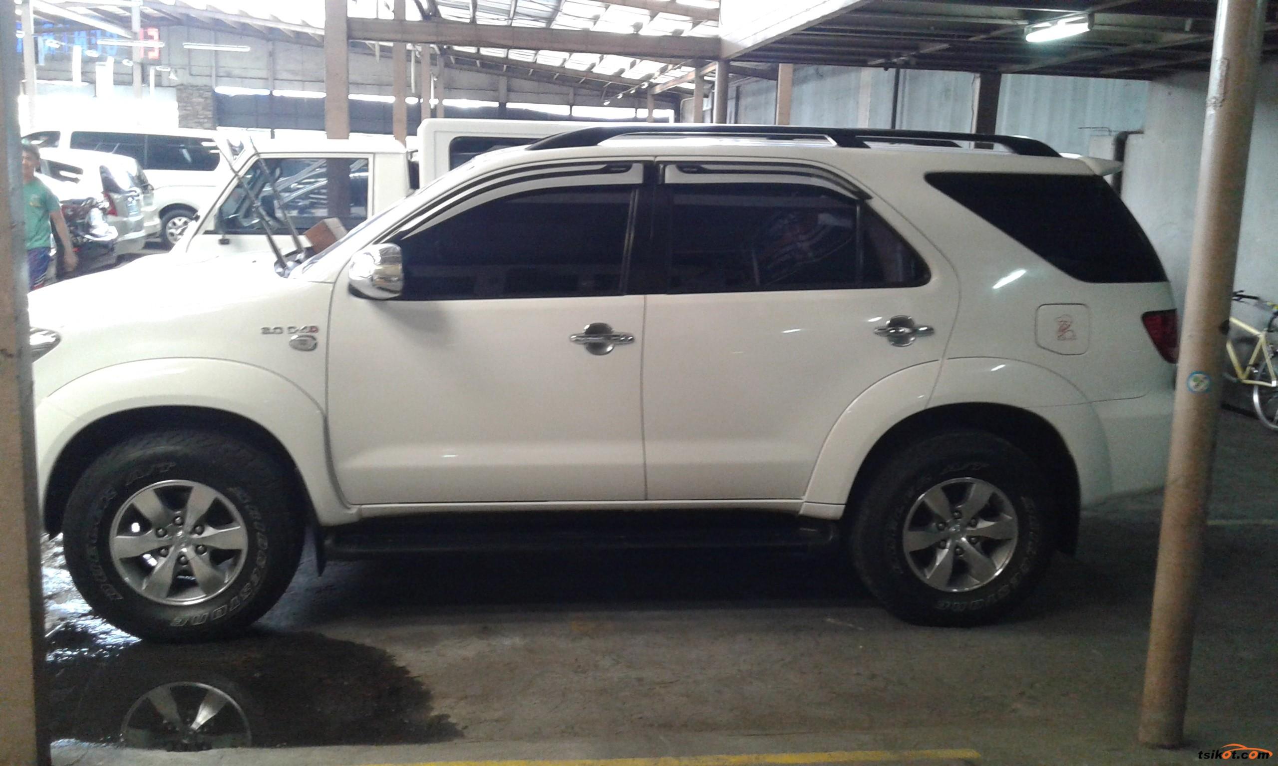Toyota Fortuner 2005 - 4