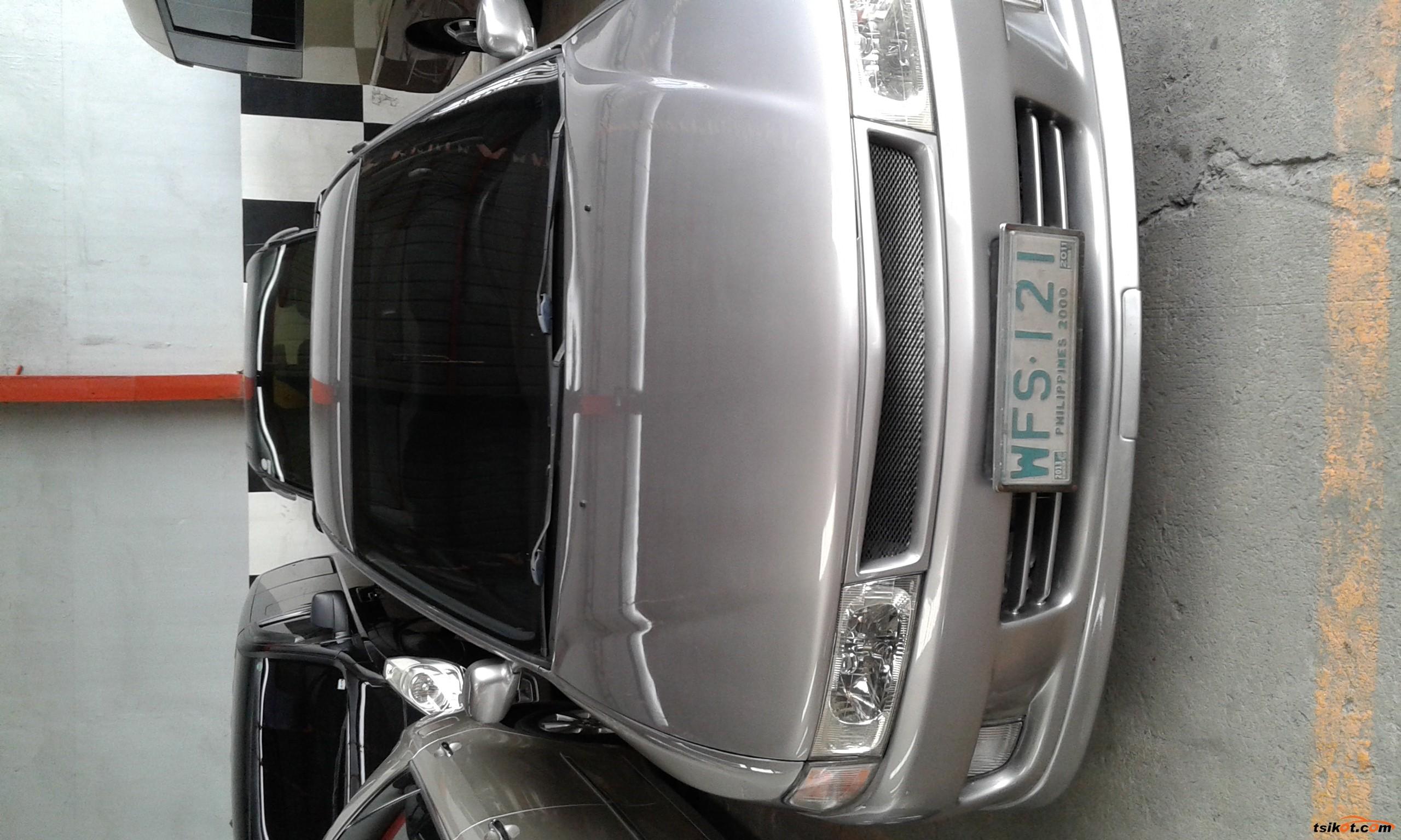 Mitsubishi Lancer 1999 - 1