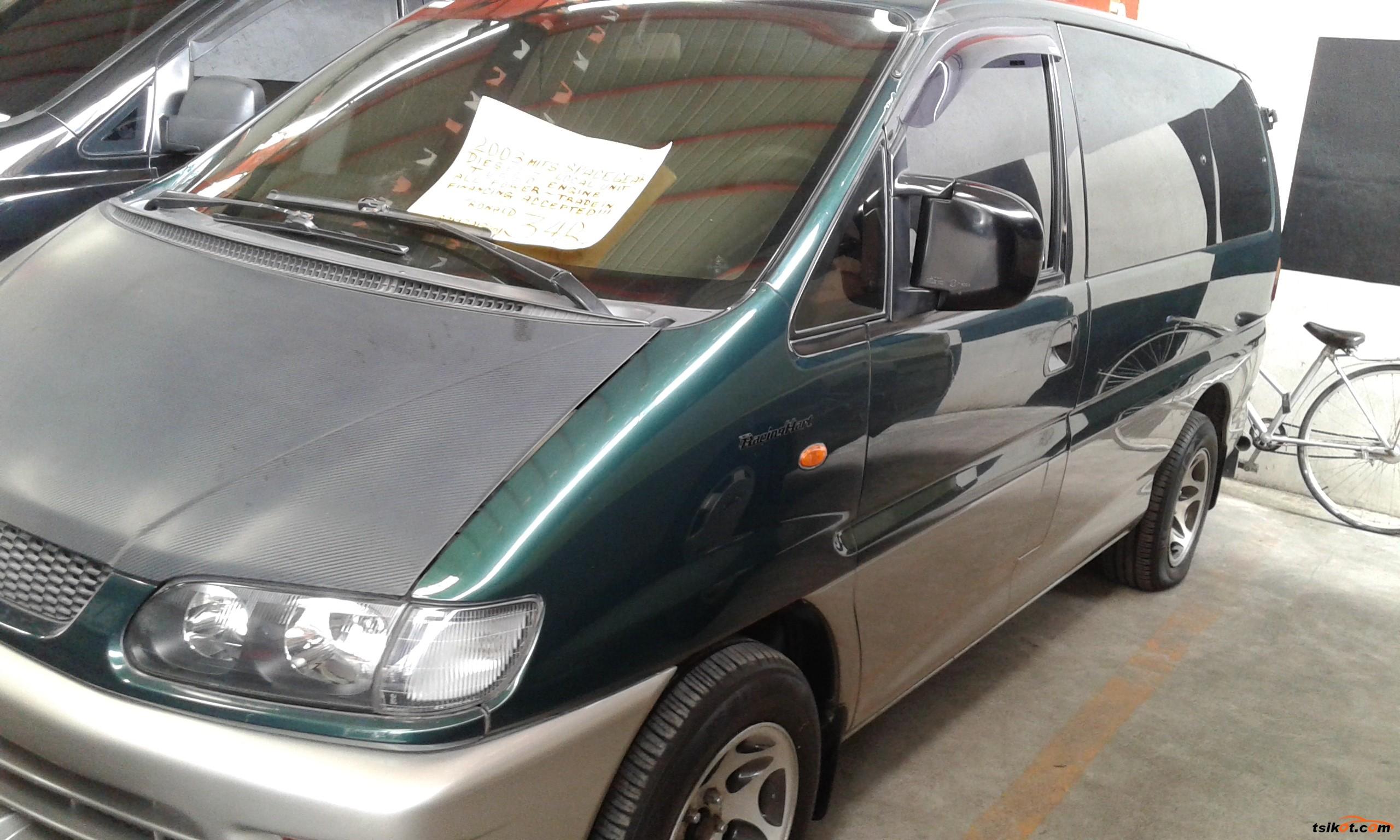 Mitsubishi Spacegear 2003 - 5