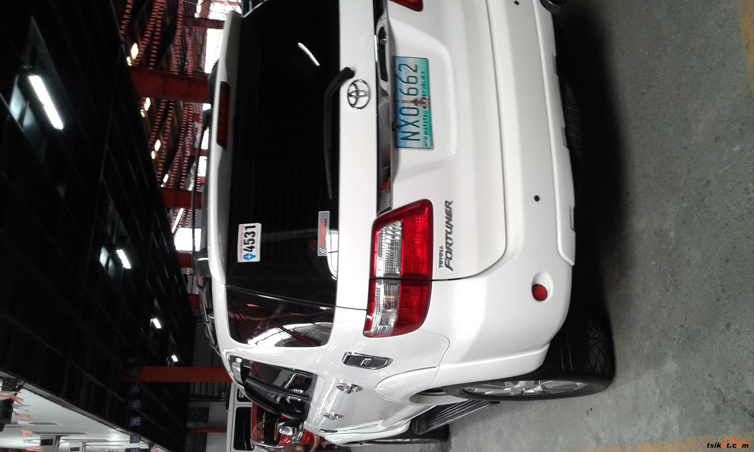 Toyota Fortuner 2009 - 4