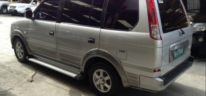 Mitsubishi Adventure 2011 - 9
