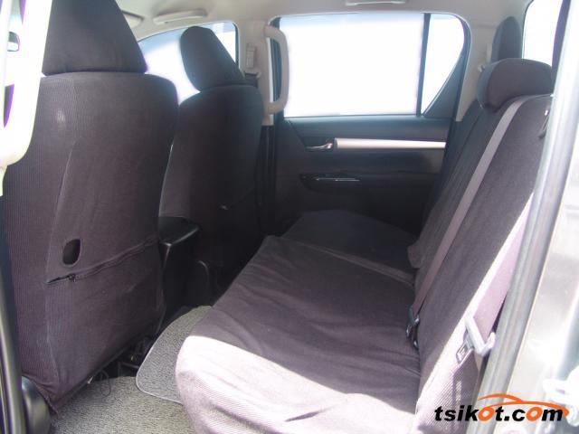 Toyota Hilux 2016 - 5