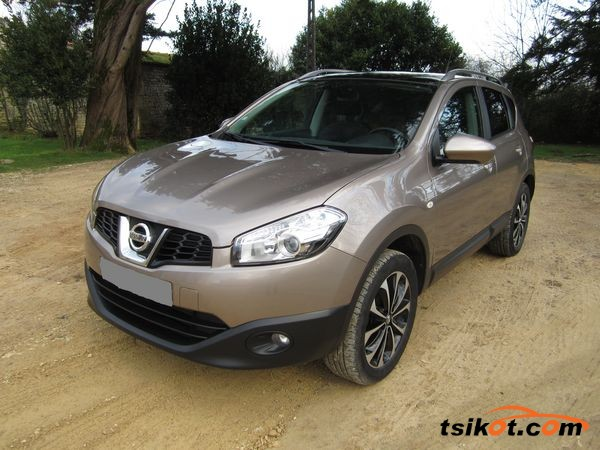 Nissan Qashqai 2013 - 1