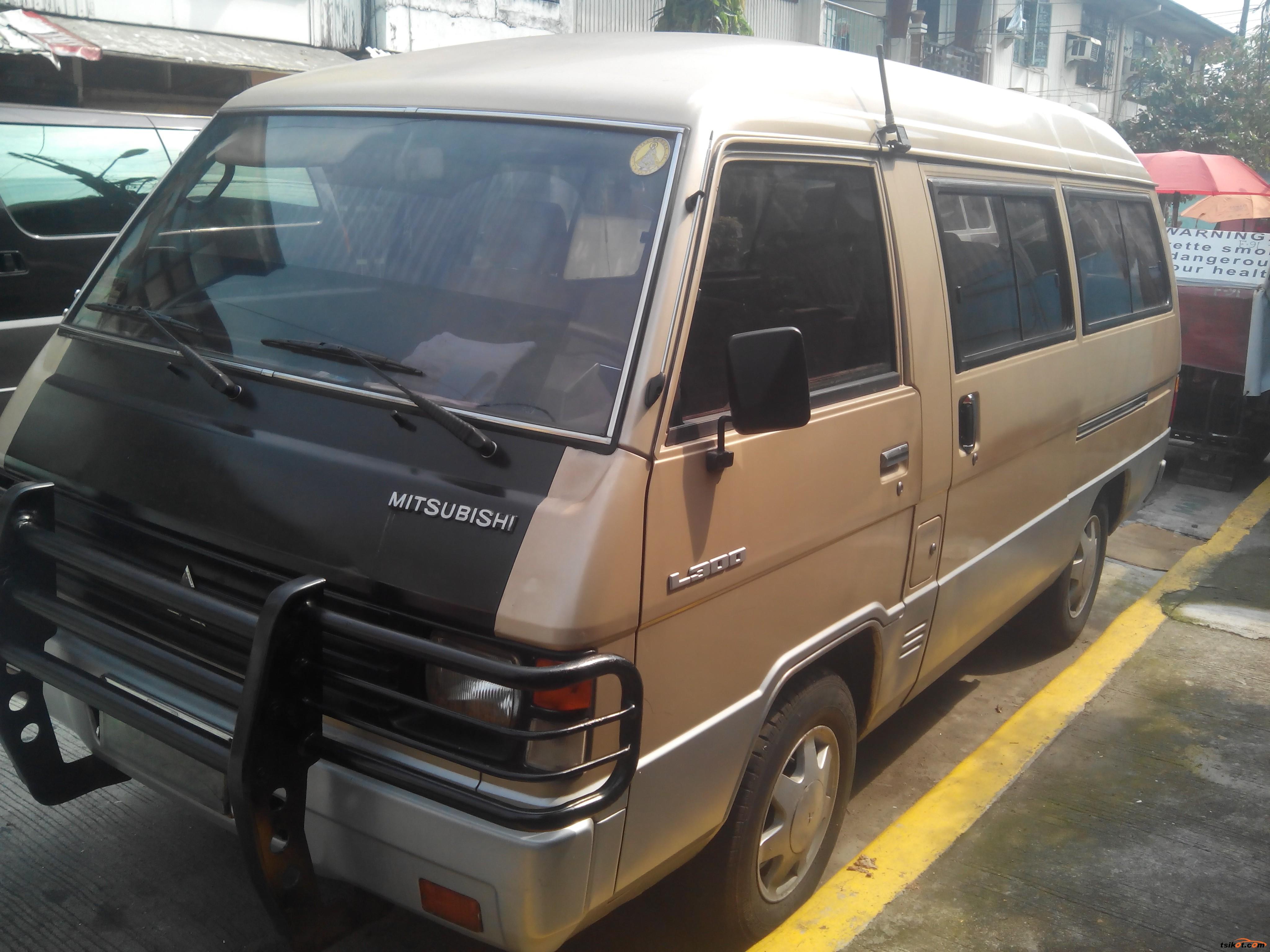 Mitsubishi L-300 1995 - 1