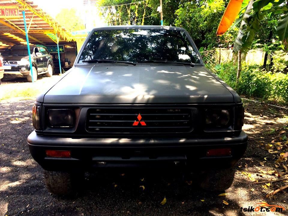 Mitsubishi Strada 1998 - 5