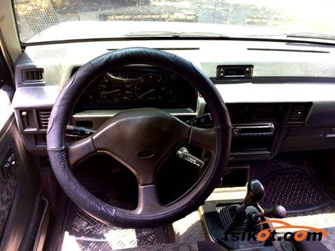 Mitsubishi Strada 1998 - 6