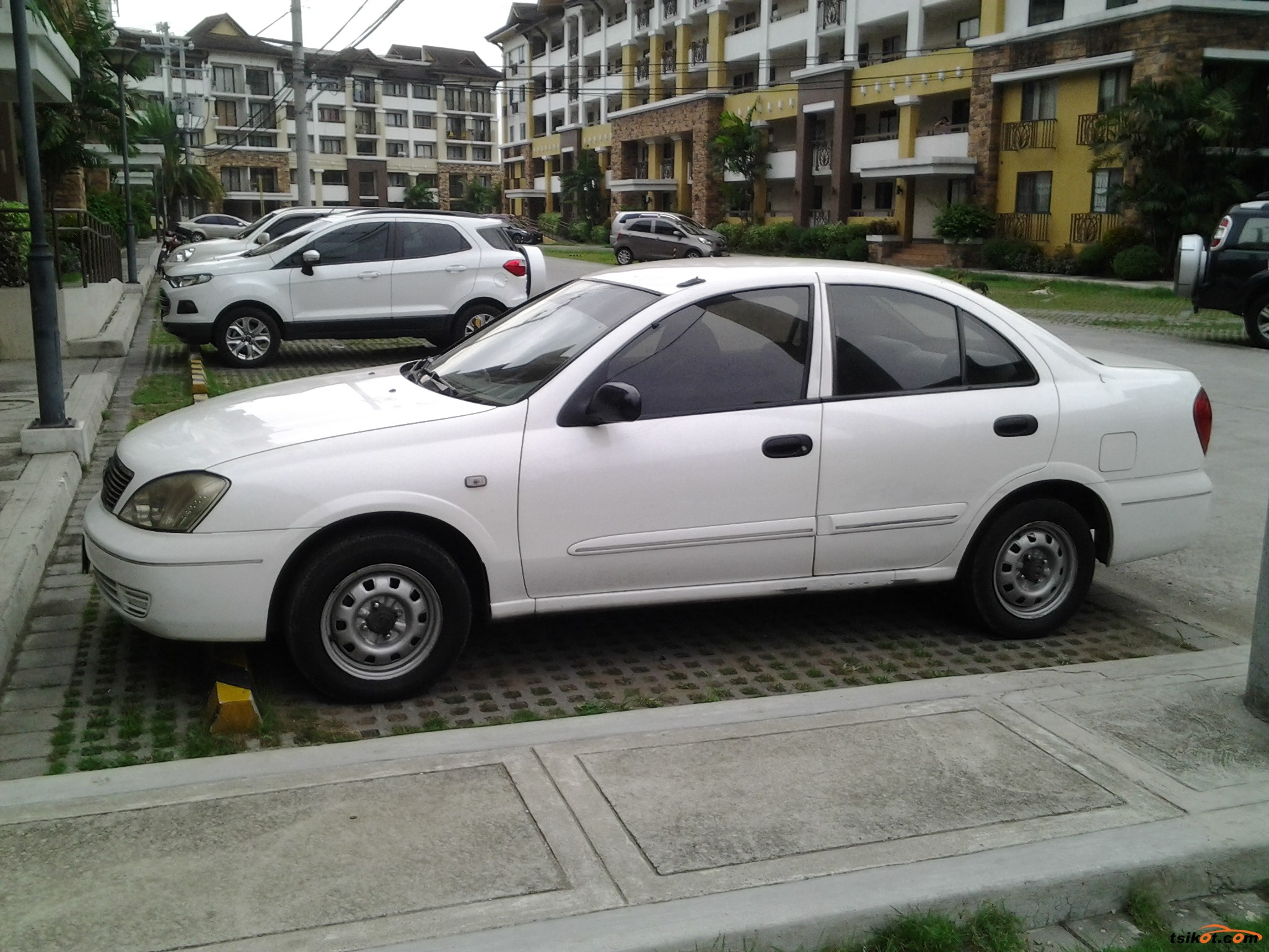 Nissan Sentra 2011 - 1
