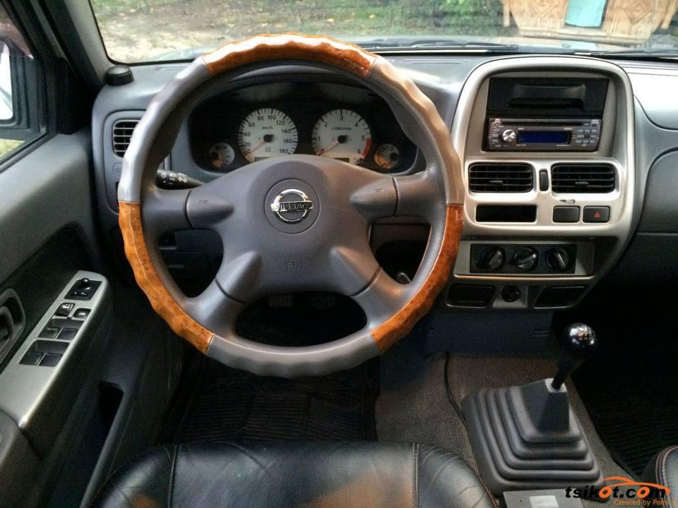 Nissan Frontier 2005 - 7