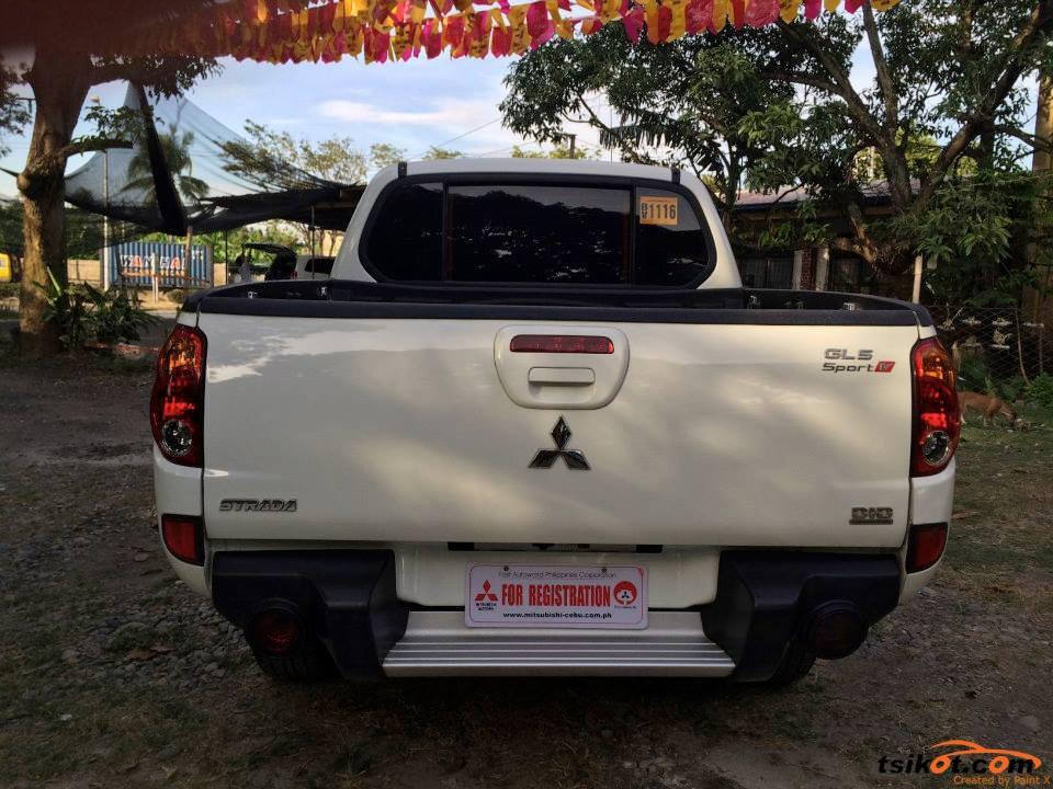 Mitsubishi Strada 2013 - 3