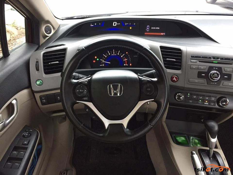 Honda Civic 2012 - 8