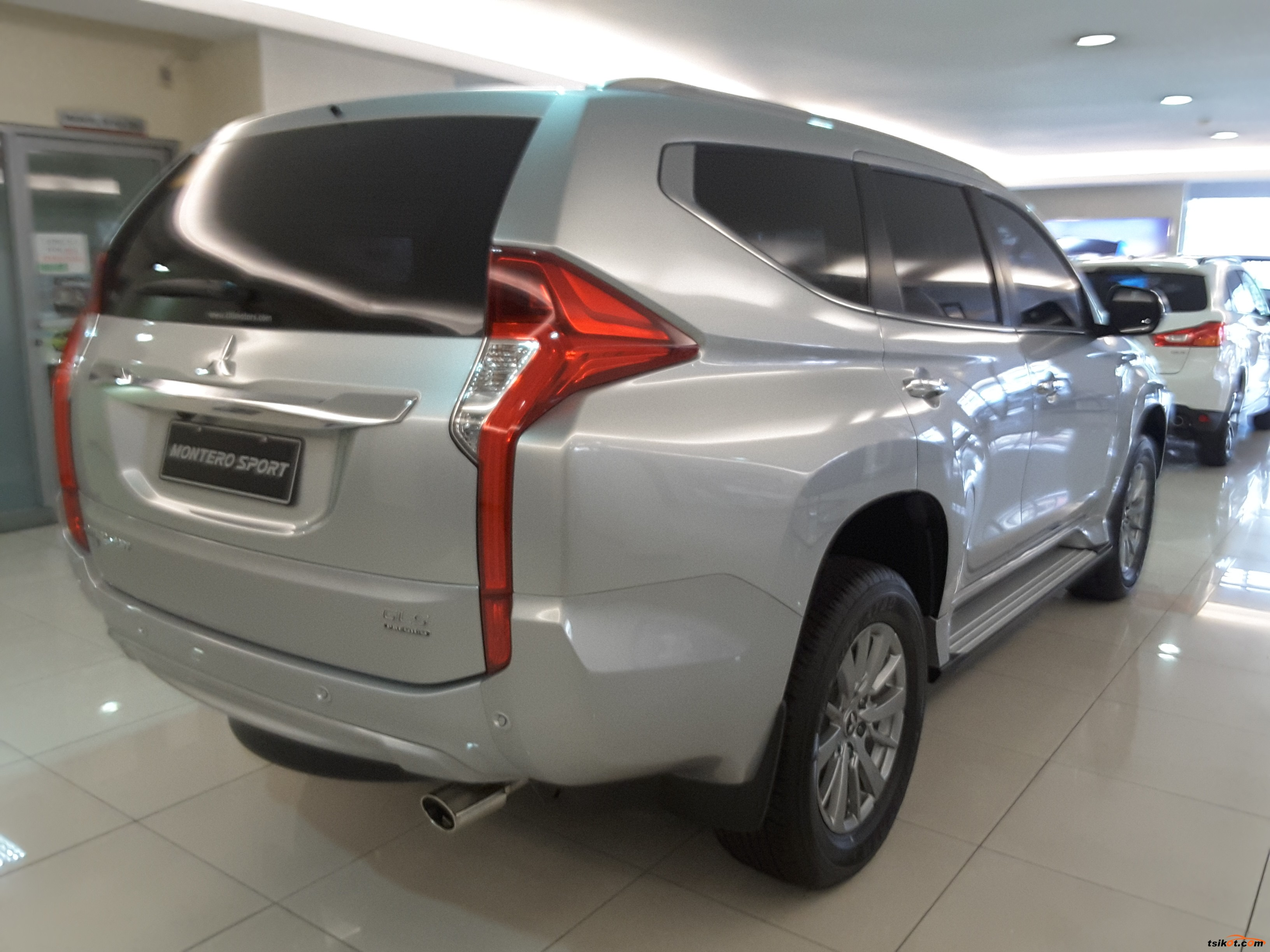 sale for listings dem spot front mitsubishi montero limited
