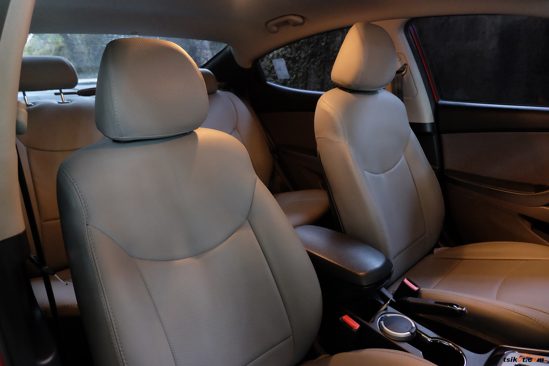 Hyundai Elantra 2011 - 6