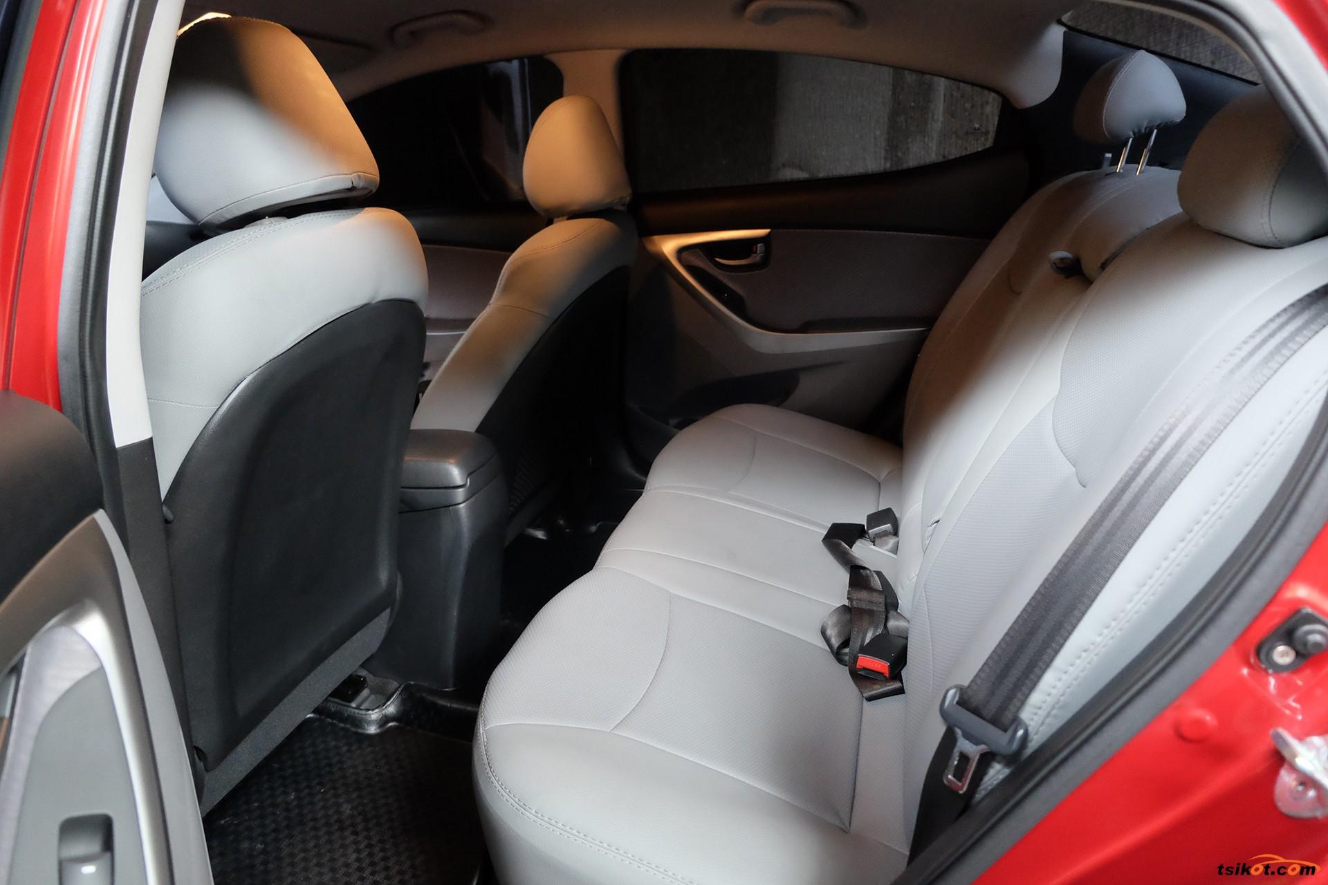Hyundai Elantra 2011 - 7
