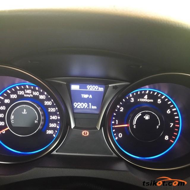 Hyundai Coupe 2013 - 3