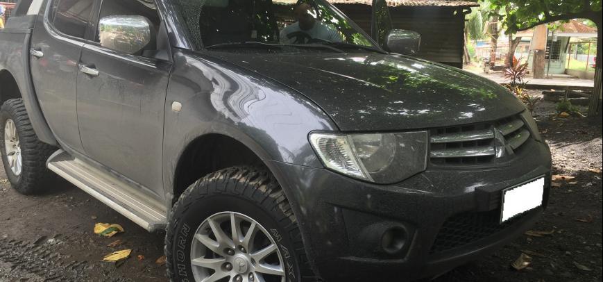Mitsubishi Strada 2012 - 11