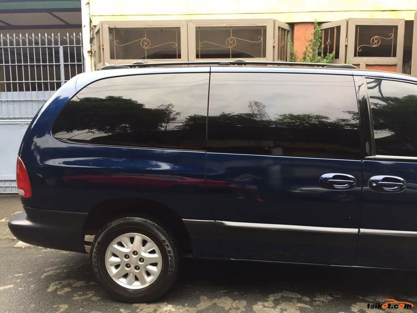 chrysler voyager 2000 car for sale metro manila philippines. Black Bedroom Furniture Sets. Home Design Ideas